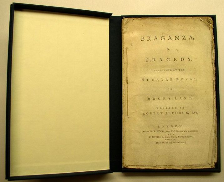 Braganza drop spine box